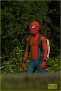 Tom-holland-spiderman-night-shoots-stunt-note-12