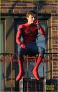 Tom-holland-performs-his-own-spider-man-stunts-on-nyc-fire-escape-02