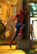 Tom-holland-spiderman-queens-hello-kitty-07