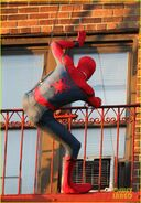 Tom-holland-performs-his-own-spider-man-stunts-on-nyc-fire-escape-03