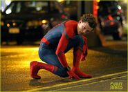 Tom-holland-spiderman-queens-hello-kitty-08