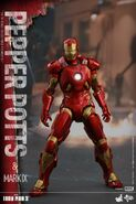Iron Man Mark IX and Pepper Hot Toys 08