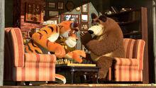 28 Медведь и Тигр