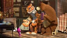 20 Маша Медведь и Тигр