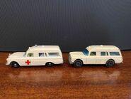 MB03 Mercedes-Benz Binz Ambulance - original vs revised casting wheel arches