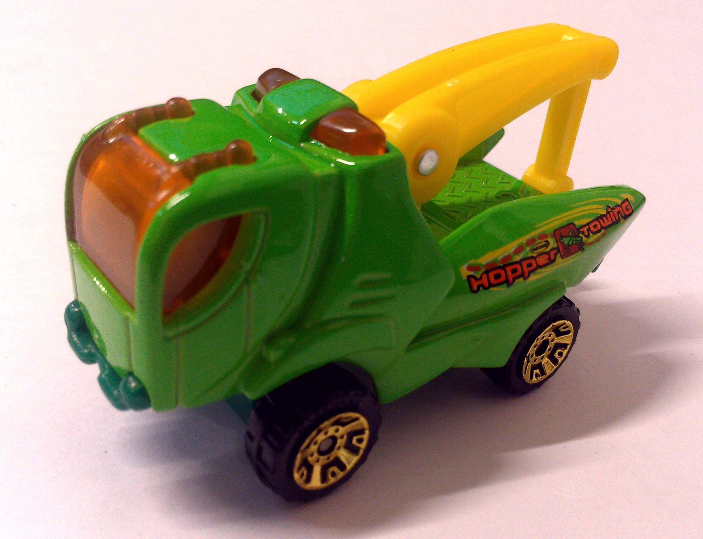 Grasshopper Tow Truck