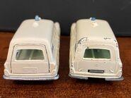 MB03 Mercedes-Benz Binz Ambulance - original casting vs revised casting rear door