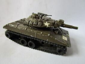 1976-78 GB Battle Kings K-109 M-551 Sheridan.JPG