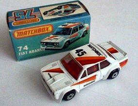 Fiat Abarth (82-83).jpg
