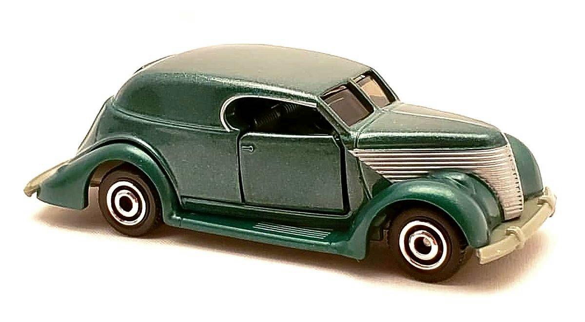 Ford Sedan Custom