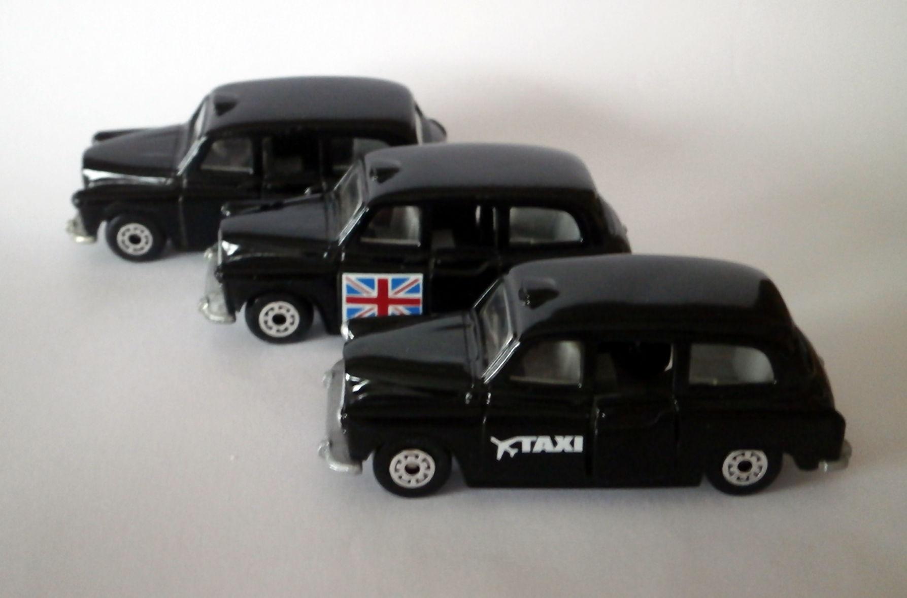 Carbodies Taxi FX4R