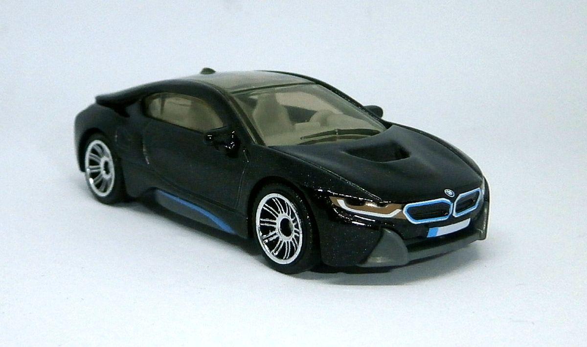 '16 BMW i8