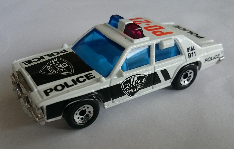 Ford LTD Police.JPG