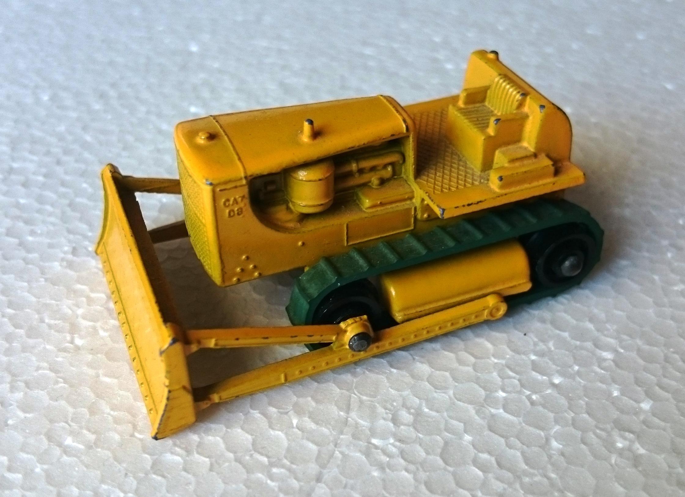 Caterpillar D8 Bulldozer (18-D)