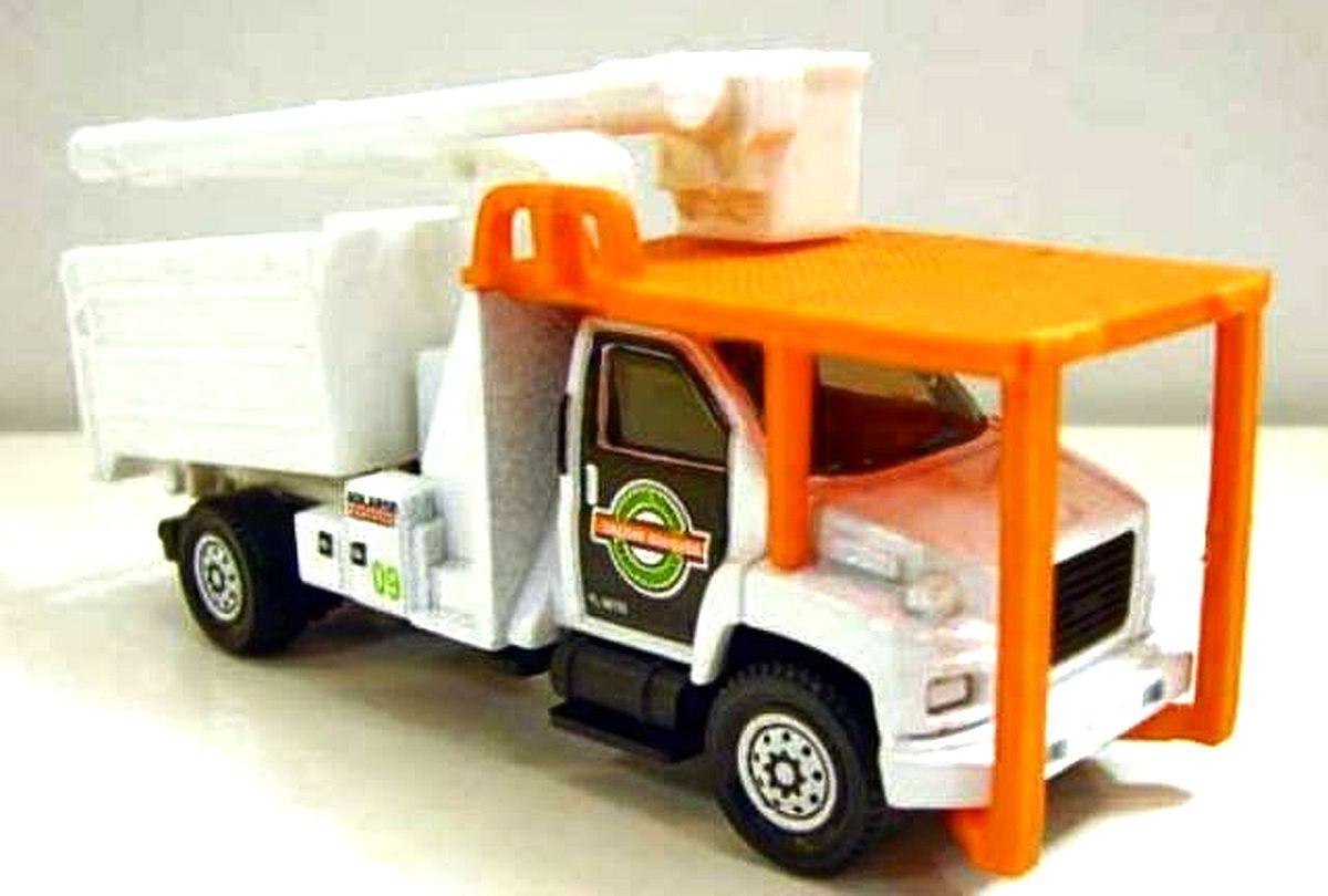 GMC C8500 Topkick Tree Trimming Truck (RW-023)