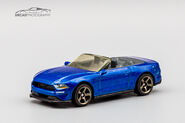 GKL03 - 18 Ford Mustang Convertible-2
