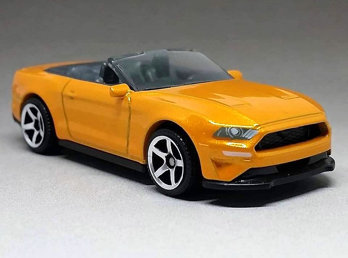 '18 Ford Mustang Convertible