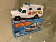 MB41 Ambulance - red & yellow stripes 'Ambulance' - box