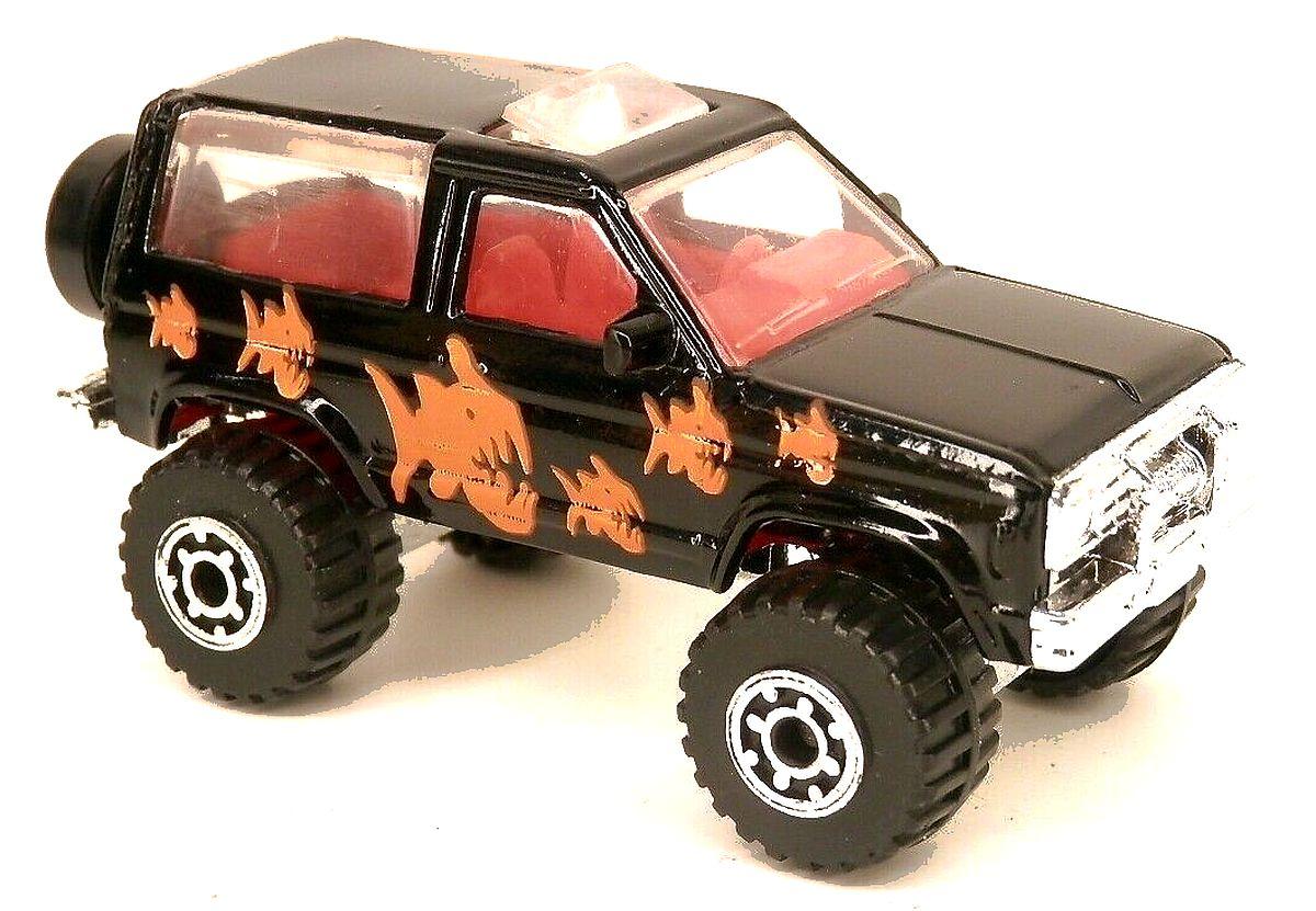 Ford Bronco II (1995 Black).jpg
