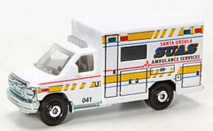 '08 Ford E-350 Ambulance 2015.jpg