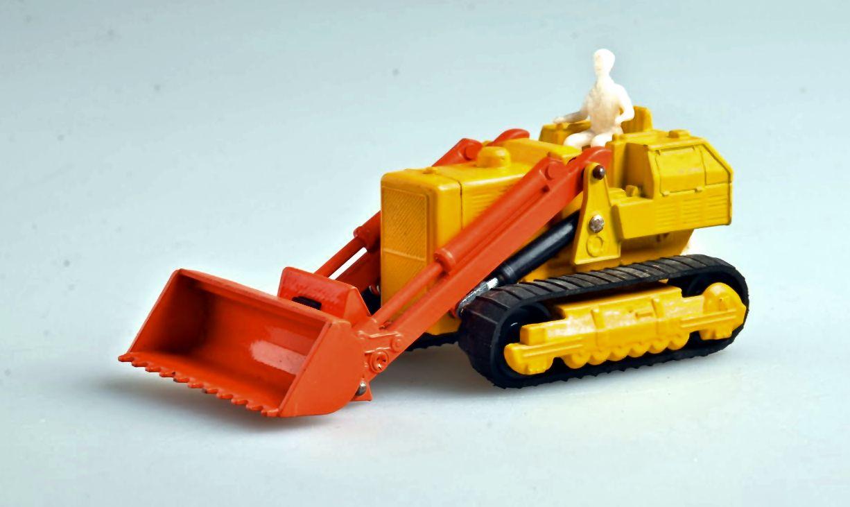 Caterpillar Traxcavator (1971-79).jpg