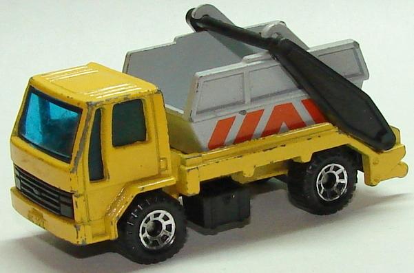 8770 Ford Skip Truck.JPG