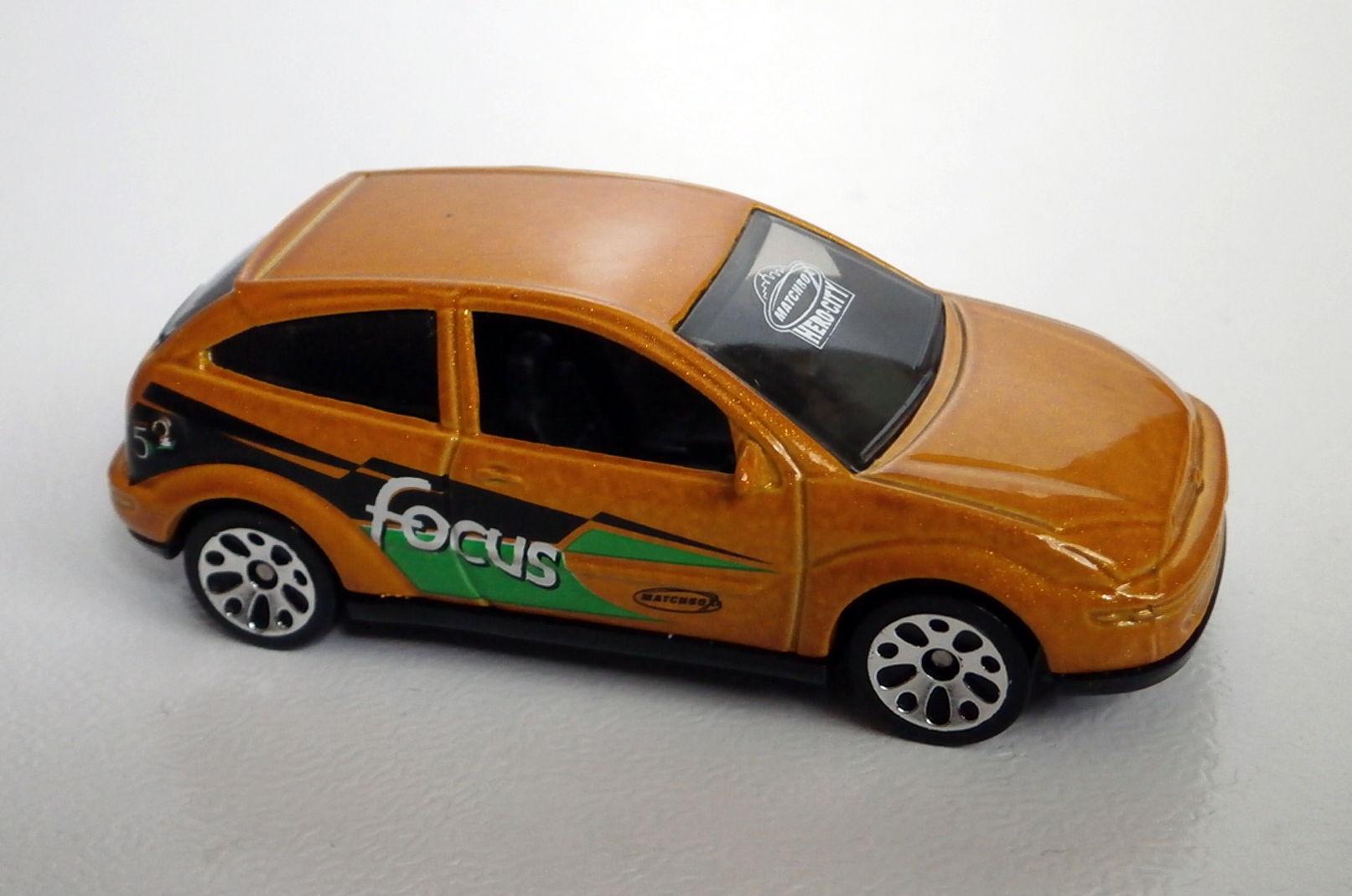 Ford Focus (2003 ROW).jpg