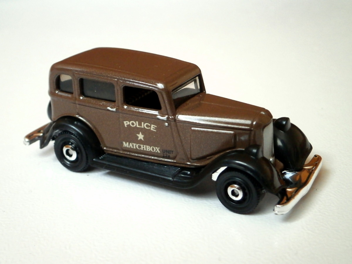 ´33 Plymouth