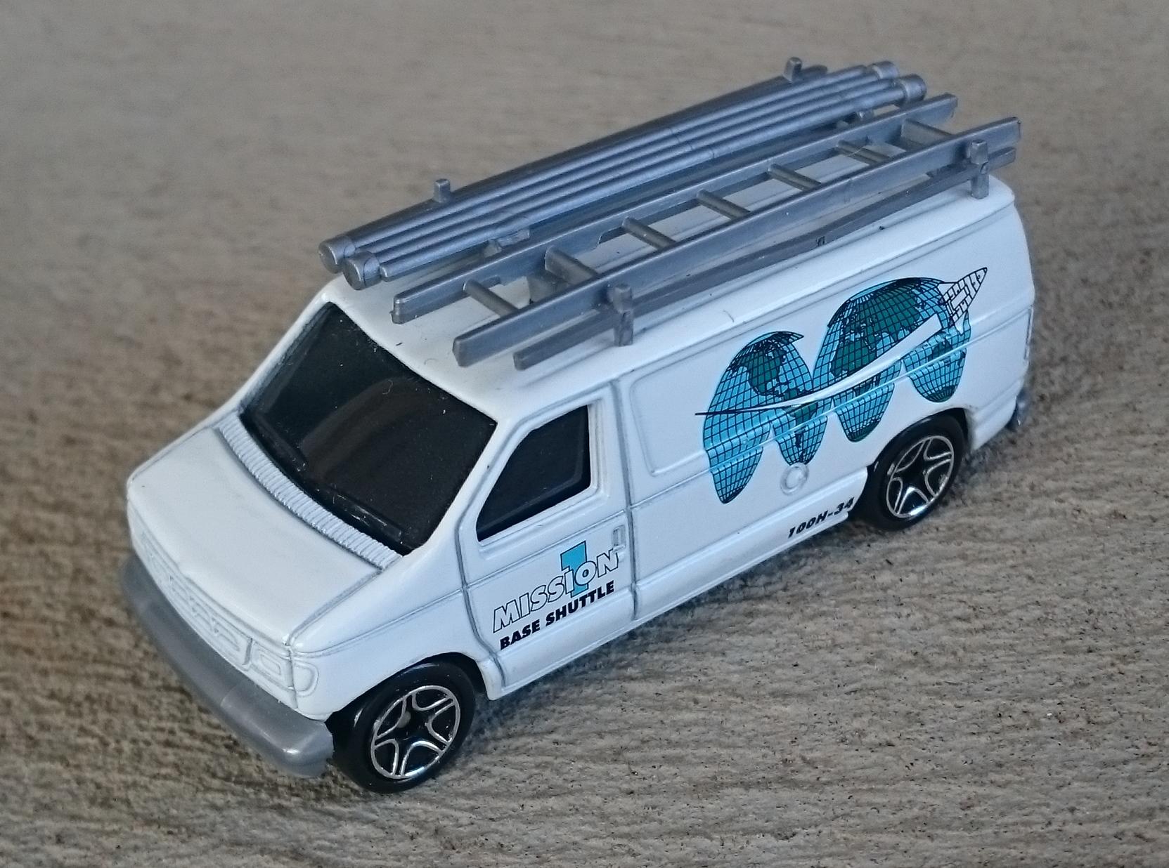 Ford Panel Van (MB444, Mission 1).JPG