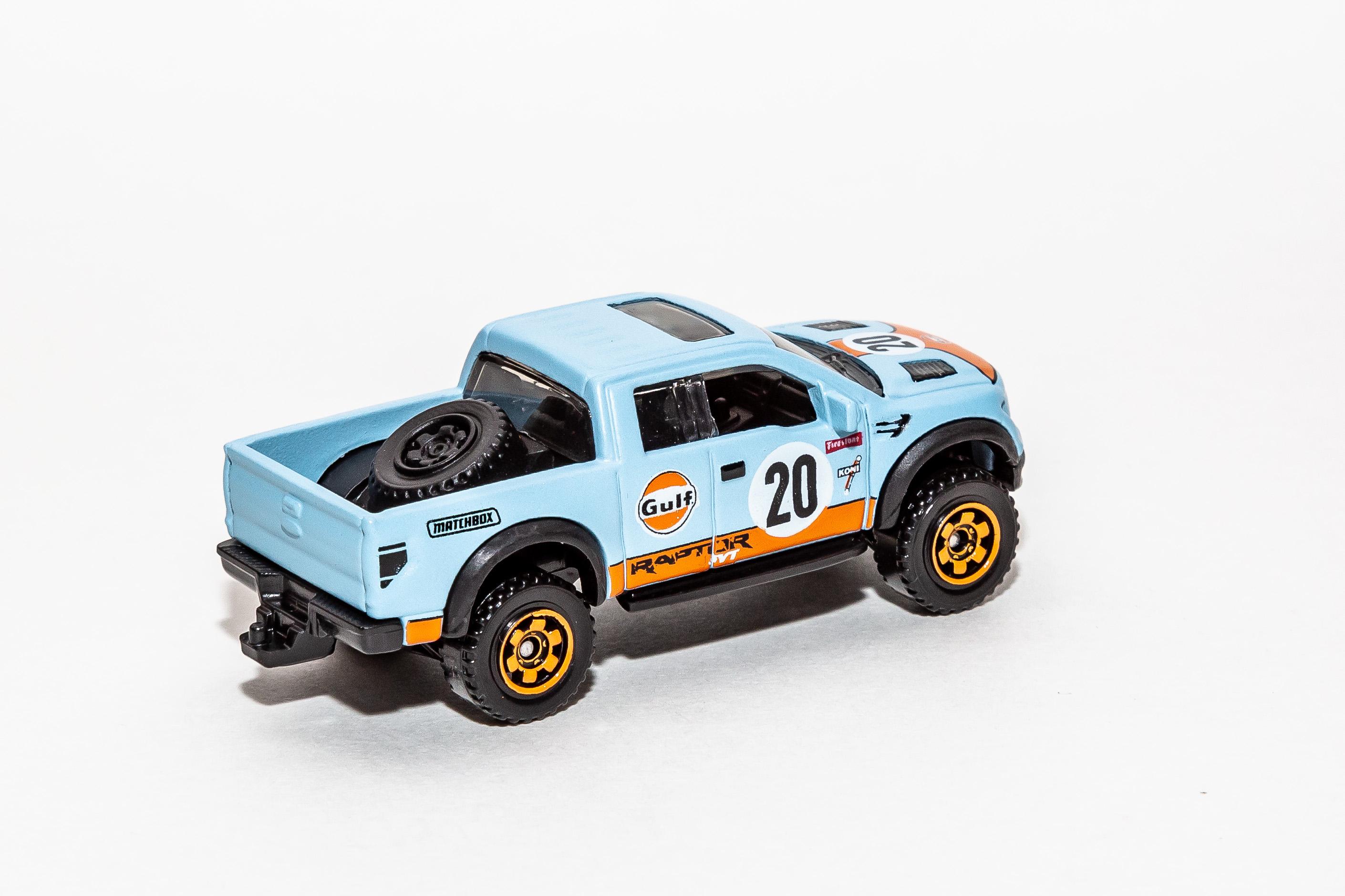 (2018 Version) Ford F-150 SVT Raptor (2012).jpg