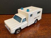 MB41 Ambulance - white 'Ambulance'
