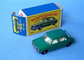MG 1100 (1966-69 and Box).jpg
