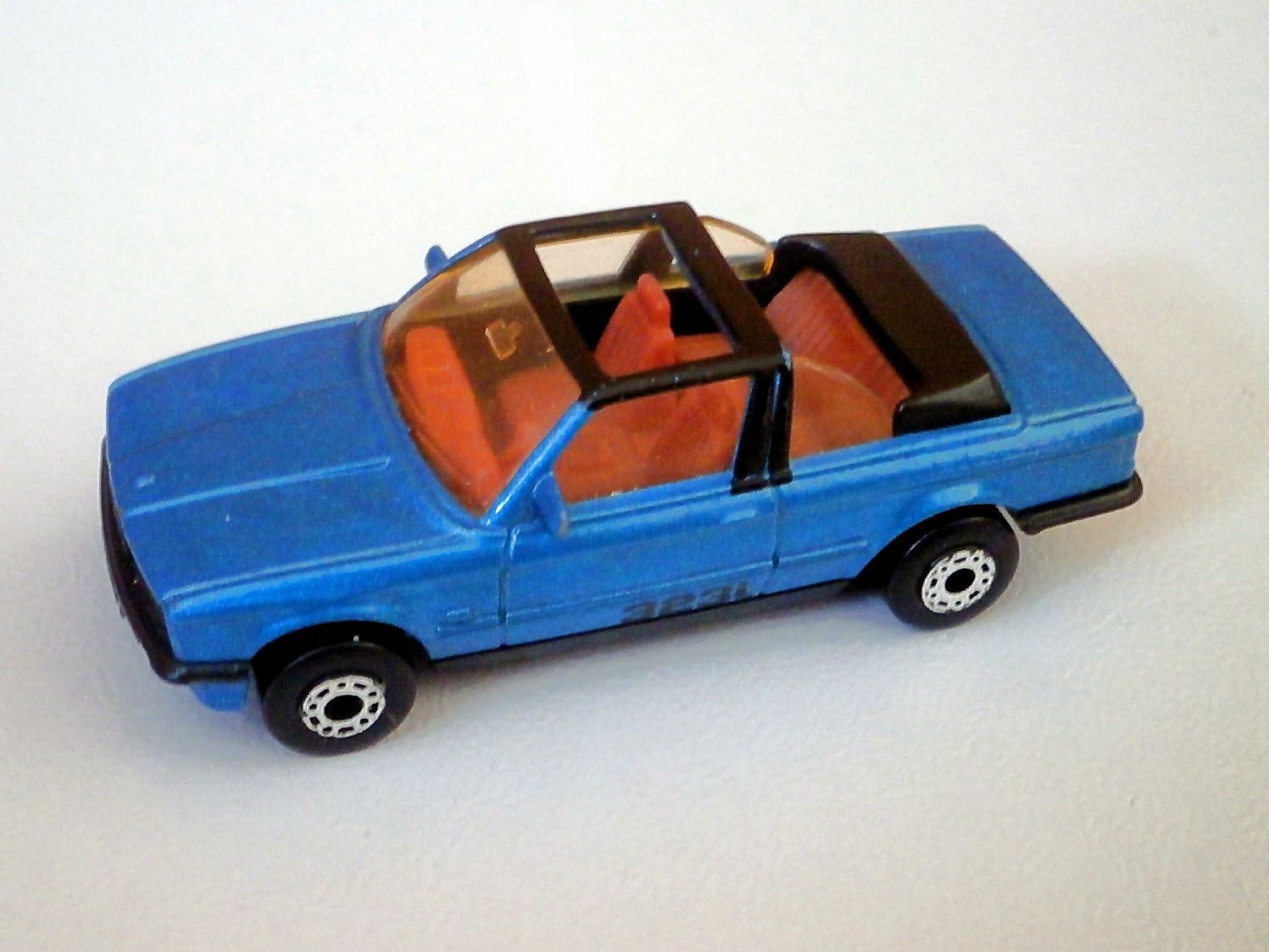 BMW 323i Cabriolet
