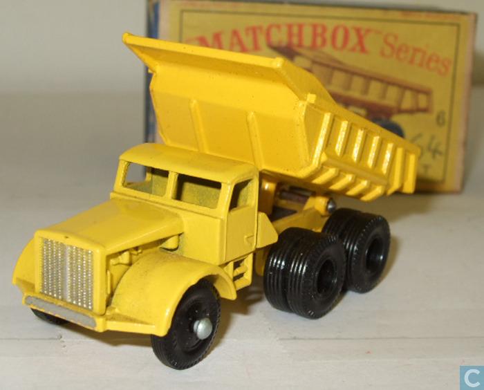 Euclid Dump Truck (6-C)