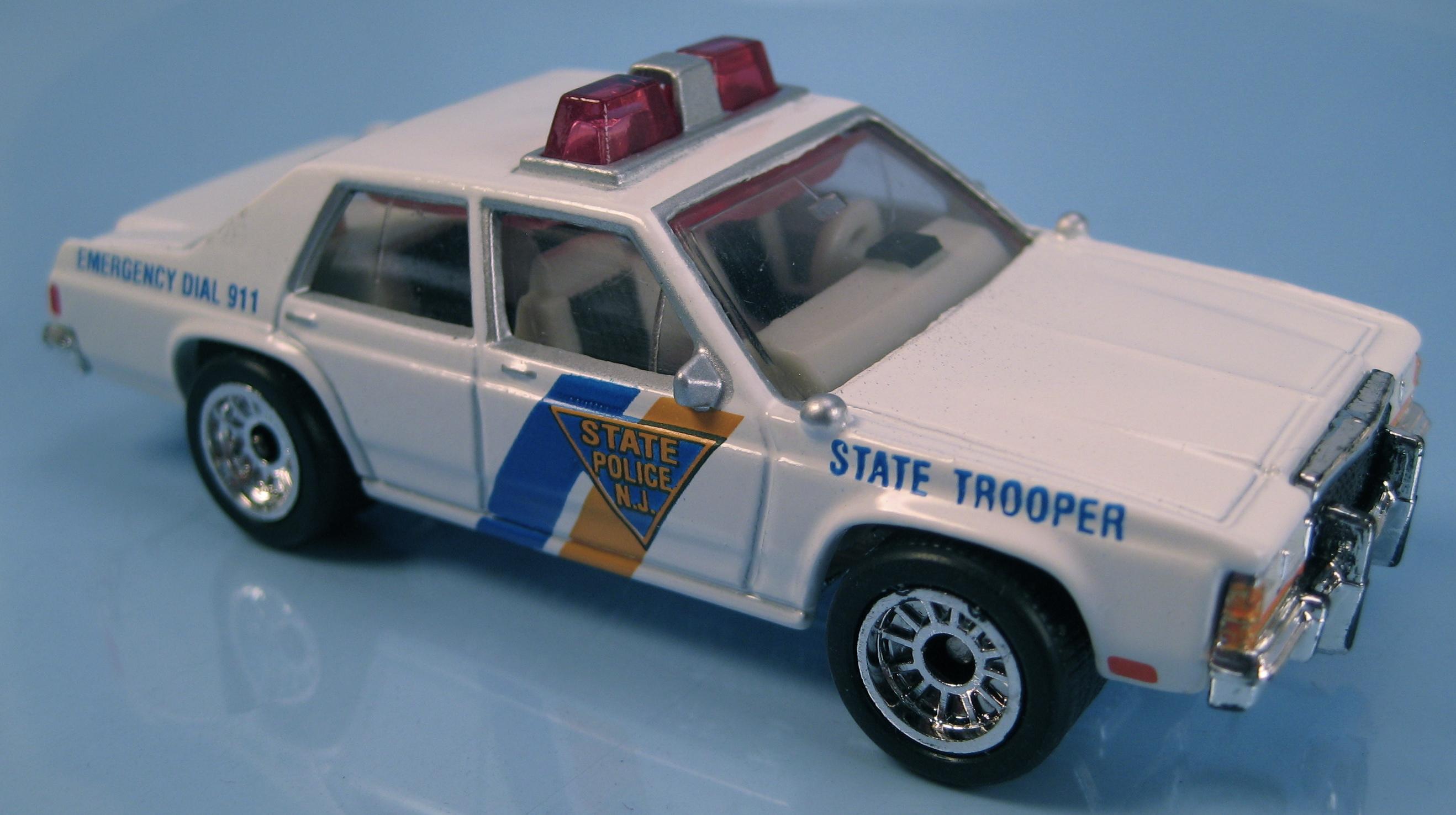 Ford LTD Police