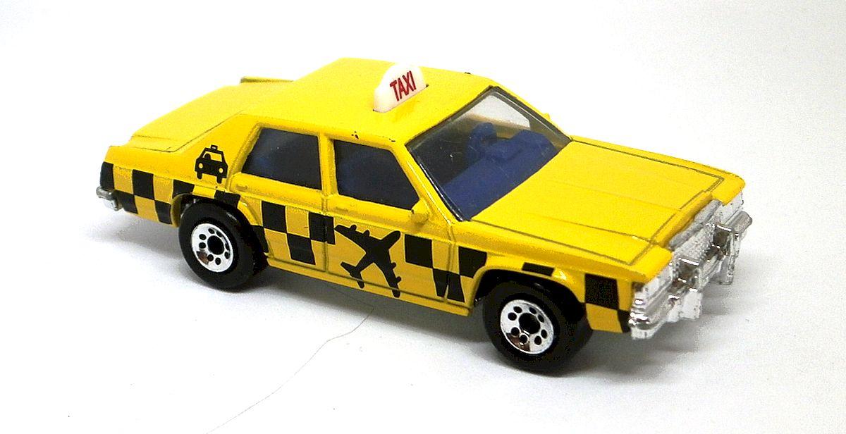 Ford LTD Taxi