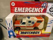 MB25 Ambulance - dark orange stripes - 'Paramedics' - Emergency box