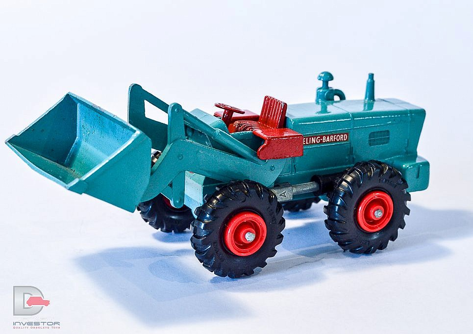 Aveling-Barford Tractor Shovel (K-10)
