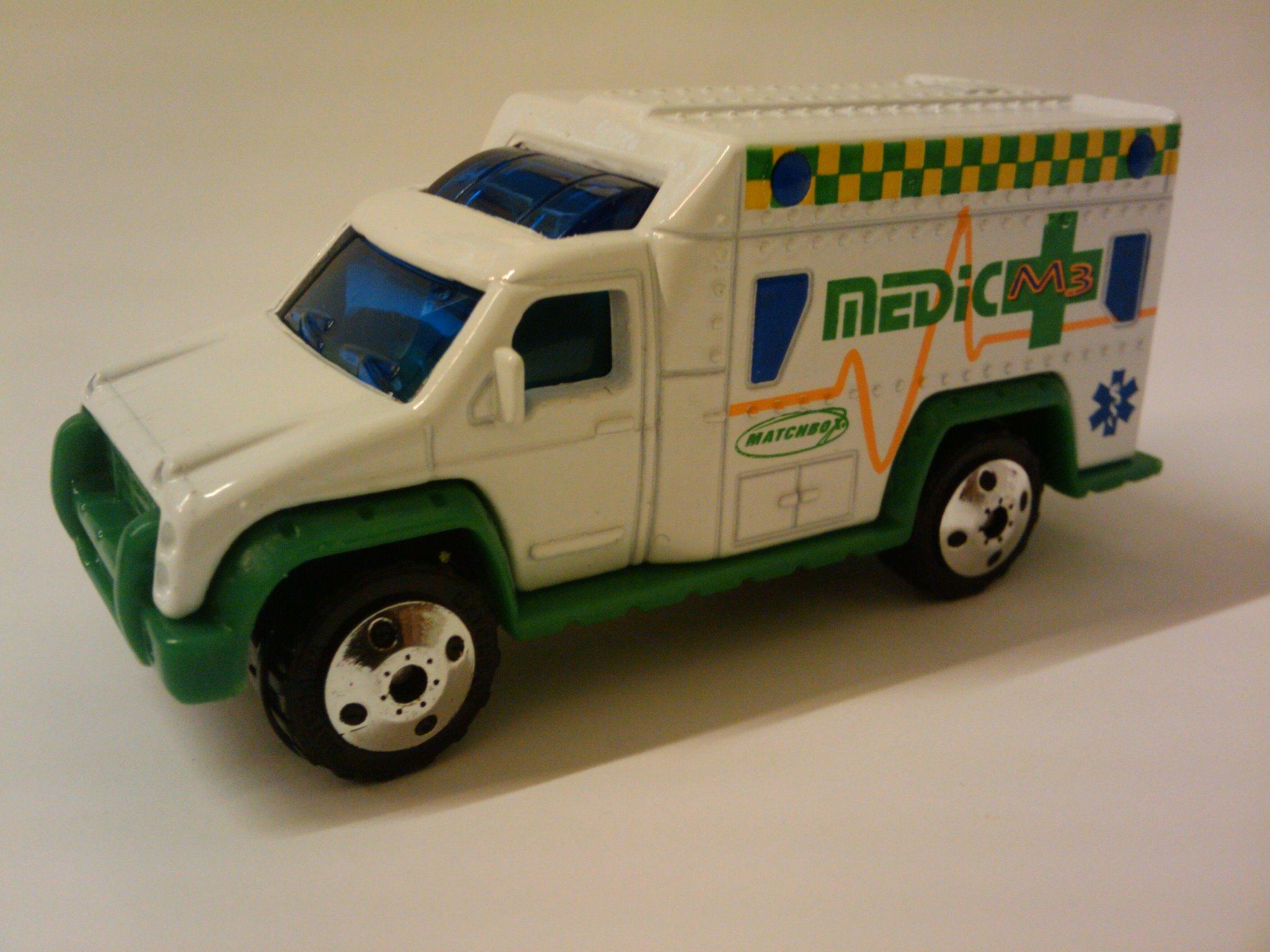 Ambulance (2000)