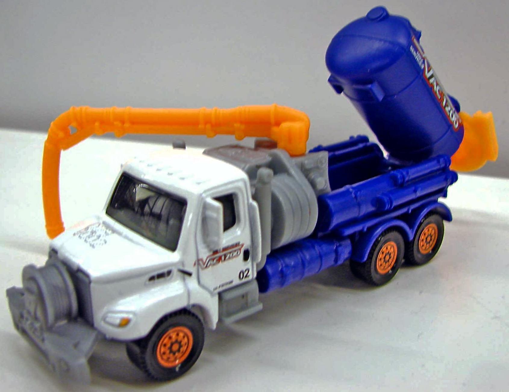 Freightliner Business Class M2 106 Vacuum Truck