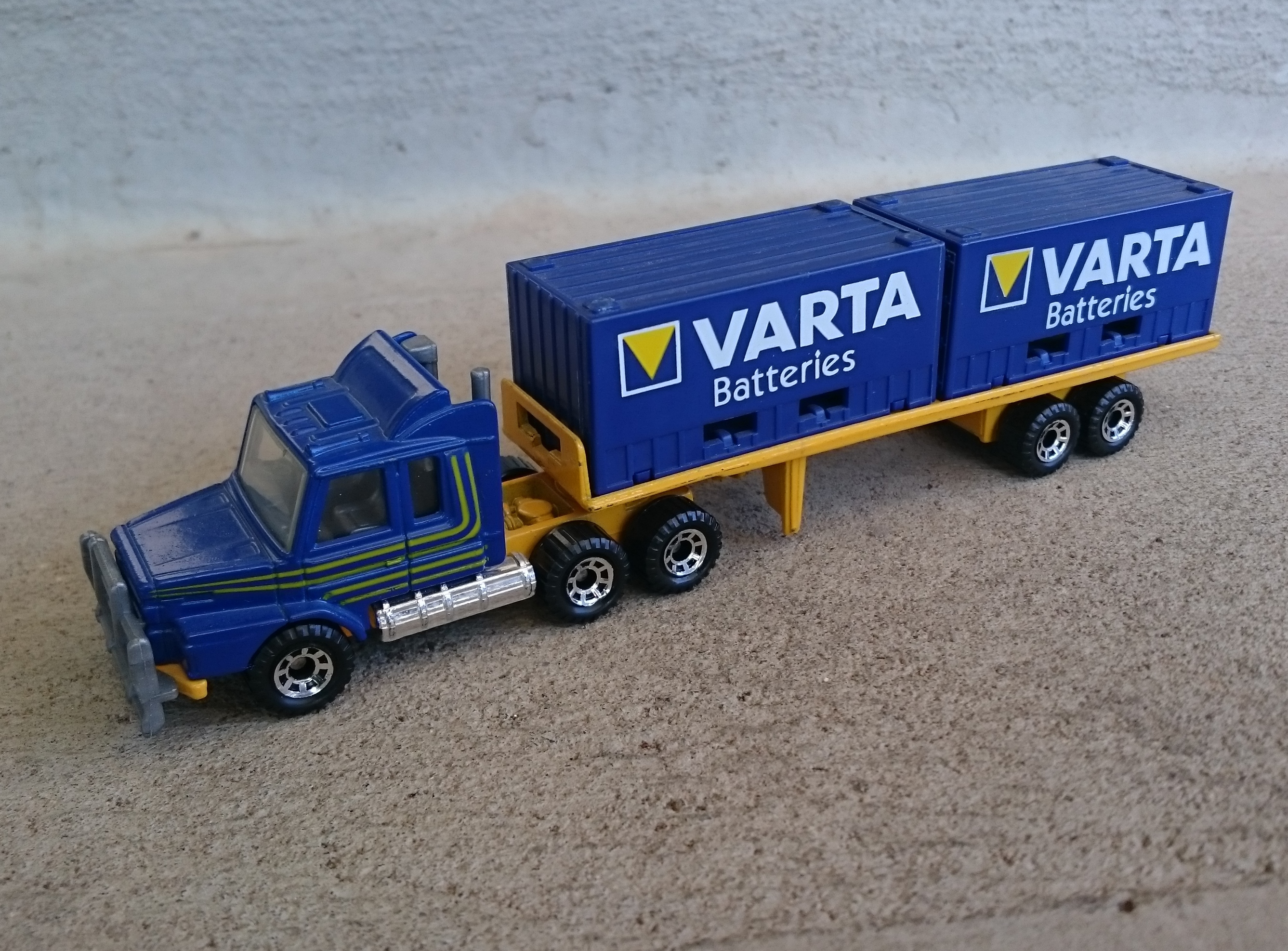 Scania Container Truck (CY-18)