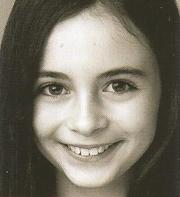 Lara McDonnell.png