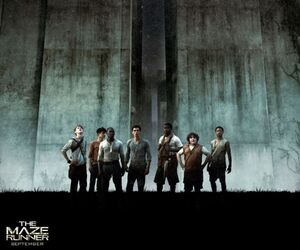 Maze-runner-group.jpg