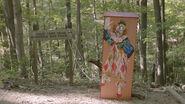 Tv 04 clown box