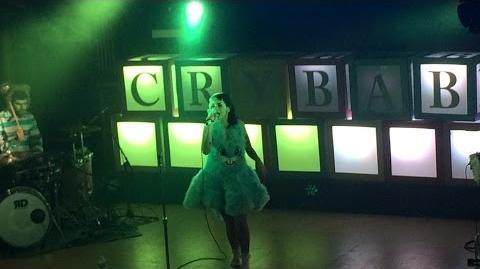 Melanie Martinez - Teddy Bear LIVE (10 7 15)