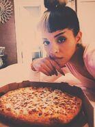 Heart heart love love pizza