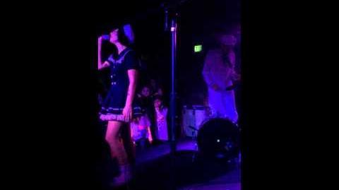 Melanie Martinez - Cake (Denver 11.11