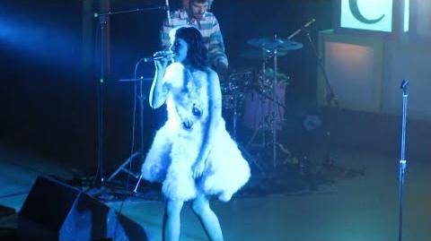 Melanie Martinez - Sippy Cup LIVE (10 7 15)