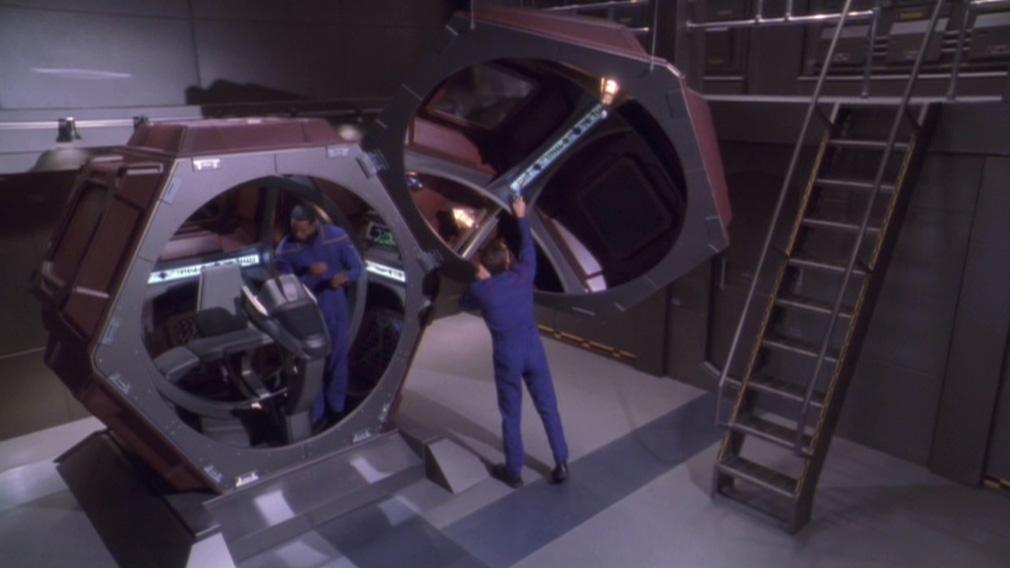 Zellenschiff an Bord der Enterprise.jpg