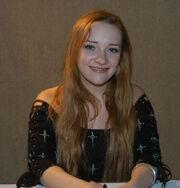 Scarlett Pomers.jpg